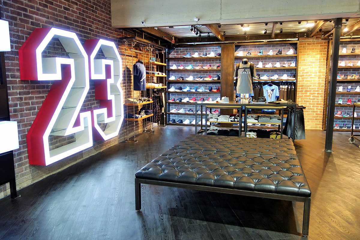 8bf27e30c185 New Shiekh Flagship Store Now Open on Broadway in Downtown LA