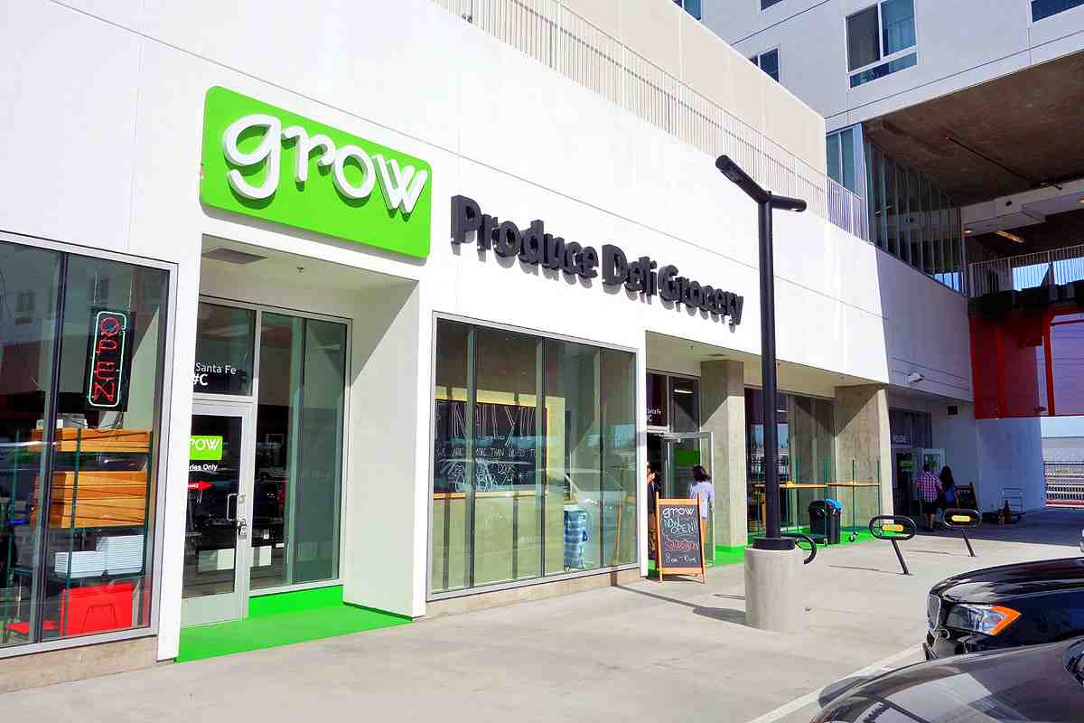 Grow Market, originally from Manhattan Beach, has opened their second location here in Downtown LA's Arts District