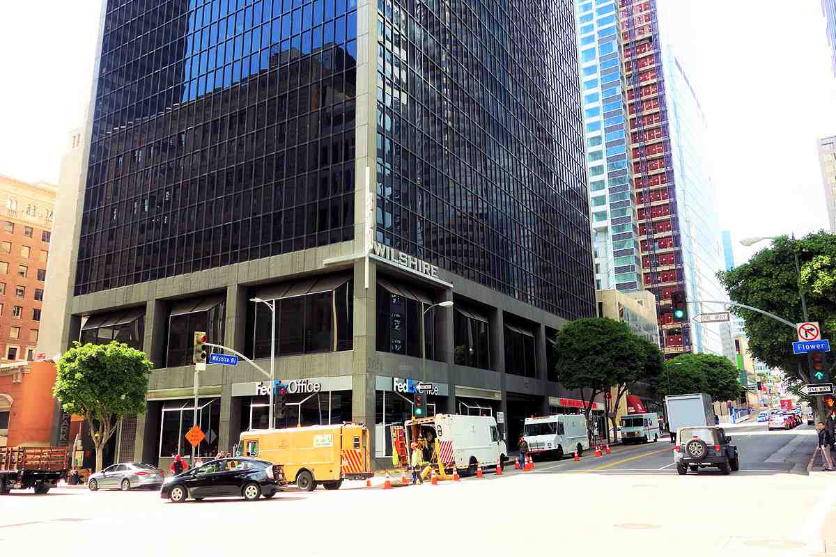 Cross Campus is opening a massive 33,000 square foot coworking space at the 800 Wilshire tower in Downtown LA's Financial District in April 2016